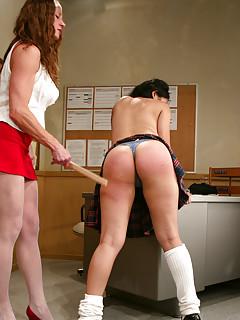 Lesbian Spanking Pics